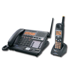 Panasonic 4-Line 5.8 GHz FHSS Corded Base and Cordless Handset